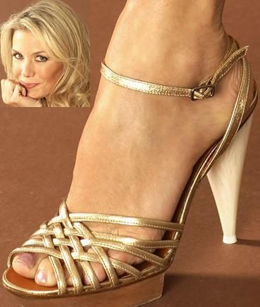 Katherine-Kelly-Lang-Feet-1176cc9e01ae616d82.jpg