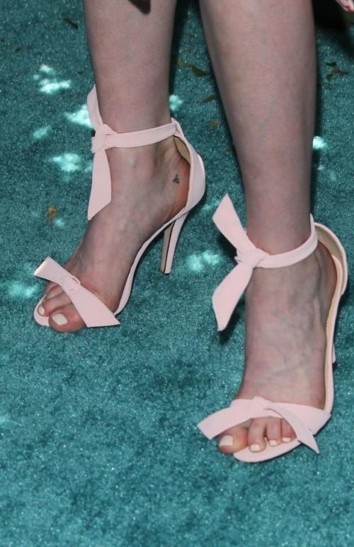 Katherine-McNamaras-Feet-514f755218ed574d5d.jpg