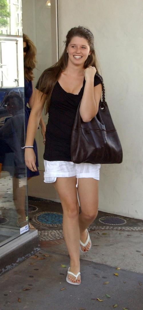 Katherine-Schwarzenegger-Feet-188eaa0117b552ba6.jpg