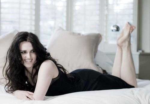 Katie-McGraths-Feet-166e11cbd3b437dabe.jpg