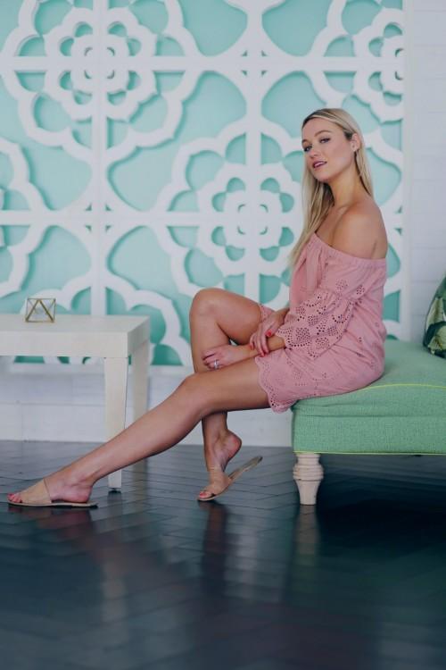Katrina-Bowdens-Feet-16a30429ec3a14d79b.jpg