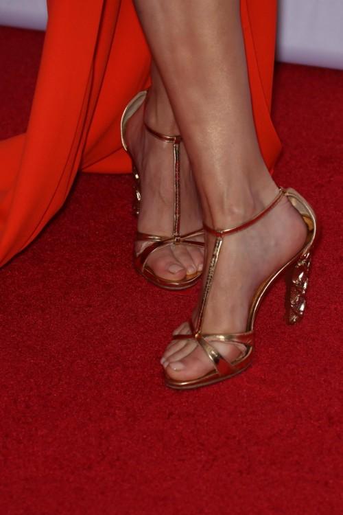 Keltie-Knight-Feet-10f7ff4a319833c2d9.jpg