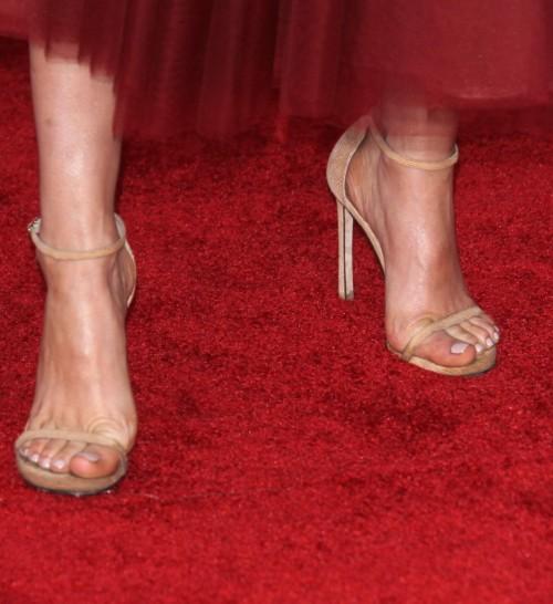 Keltie-Knight-Feet-2393a61238da8155a.jpg