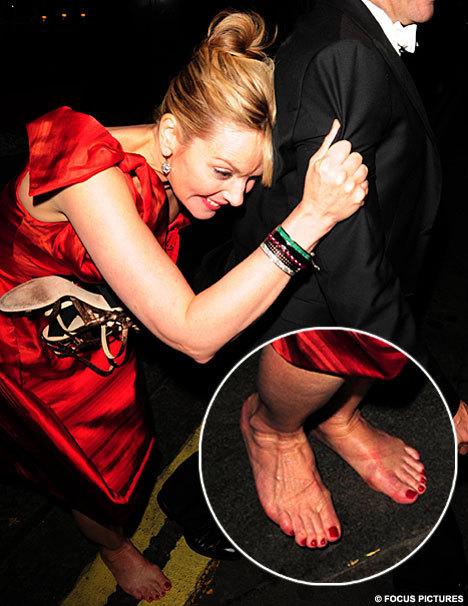 Kim-Cattrall-Feet-82b52135071d9b498.jpg