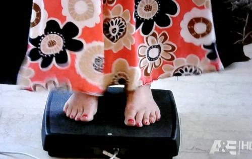 Kirstie-Alley-Feet-413c529772f82c360.jpg