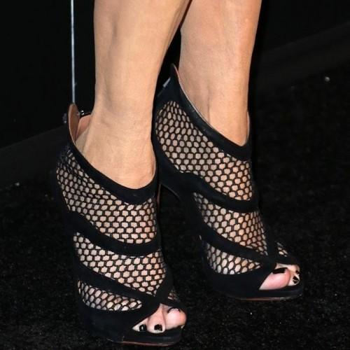 Kris-Jenner-Feet-171a59b839ed8cfda2.jpg