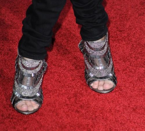Kristin-Chenoweth-Feet-5a5d07c80bc078e19.jpg