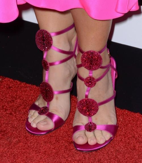 Kristin-Davis-Feet-2c4c04941d5ef3e6b.jpg