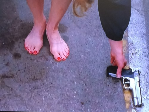 Kyra-Sedgwick-Feet-17de24f65923d114da.jpg