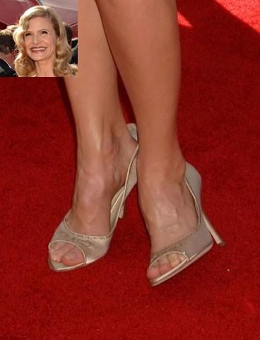 Kyra-Sedgwick-Feet-2c218dbe4ebe25f8c.jpg