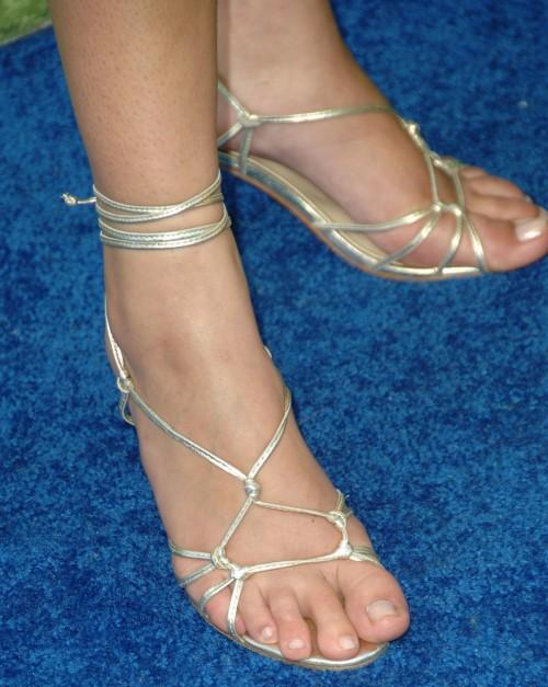 Lauren-Conrad-Feet-195a3b7ee11faf3a44.jpg