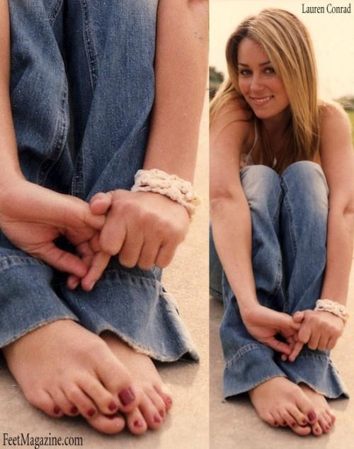 Lauren-Conrad-Feet-2281e2f5b281097bf6.jpg