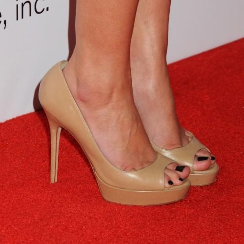 Lauren-Conrad-Feet-24815465b3a38d9f1c.jpg