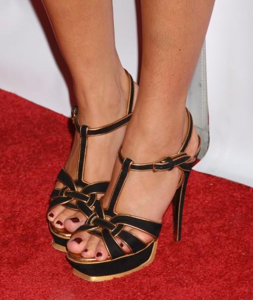 Lauren-Conrad-Feet-67d847c5790b7fa3d.jpg