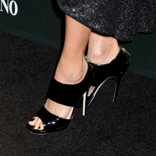 Lisa-Bonet-Feet-883654afe5f10e68f.jpg