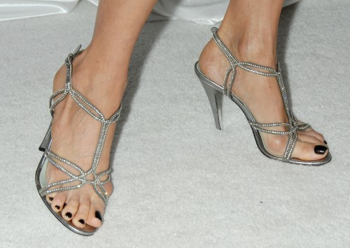 Lisa-Edelstein-Feet-3cd382e646f1229b9.jpg