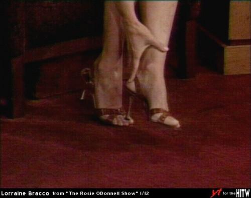 Lorraine-Bracco-Feet-251fe61192e195587.jpg