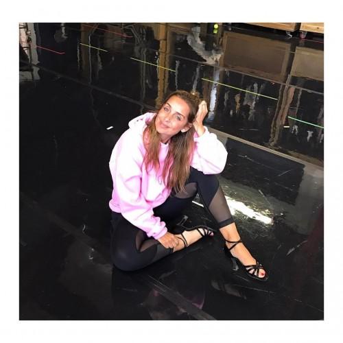 Louise-Redknapp-Feet-6cd71142bfc32c997.jpg