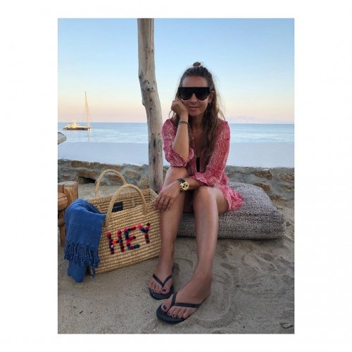 Louise-Redknapp-Feet-88739b4d9f5276f25.jpg