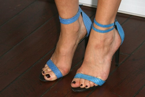 Malin-Akerman-Feet-145111df3317dd494a.jpg