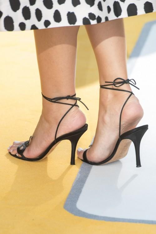 Maria-Menounos-Feet-35fde78eedb1dd13be.jpg
