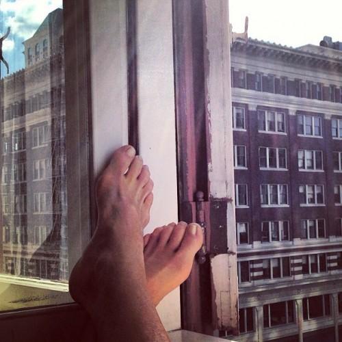 Mariel-Hemingway-Feet-10ae08ce2fcd3bbbb3.jpg