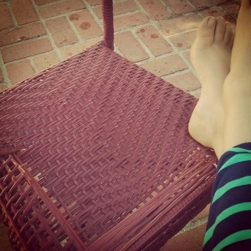 Mayim-Bialik-Feet-2ed0cb32cf32fcf3b.jpg