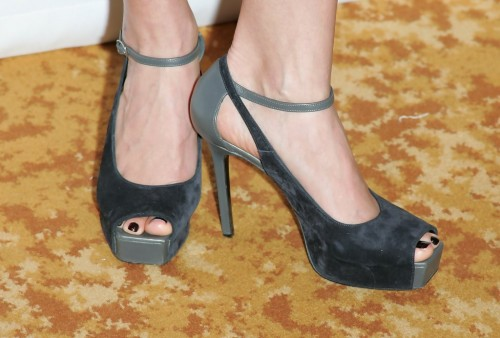 Megyn-Price-Feet-10697700f76e6ac67d.jpg