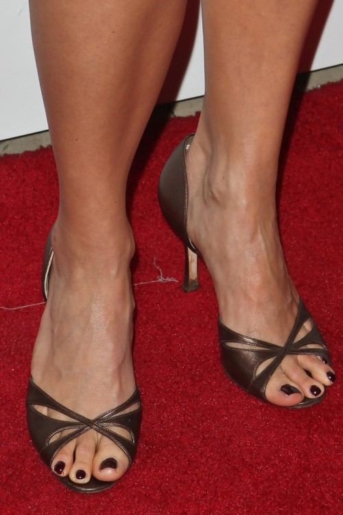 Megyn-Price-Feet-5c1da9b9f685bb367.jpg