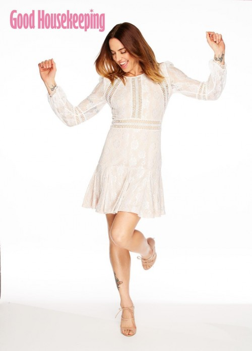 Melanie-Chisholm-Feet-1004736f5d35a217d7.jpg