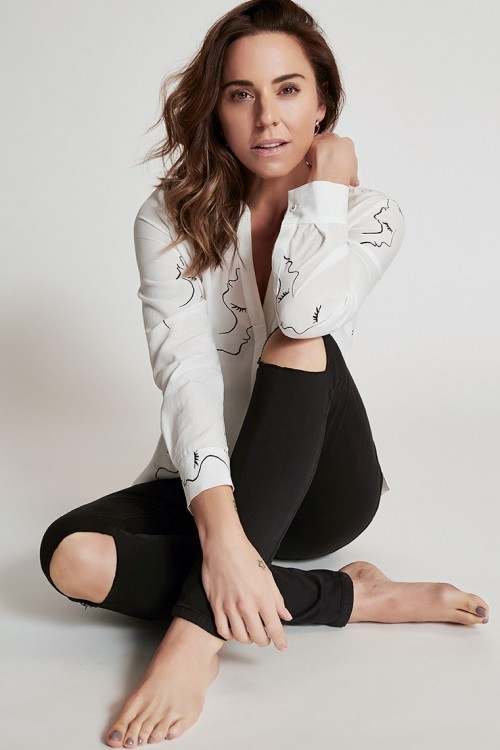 Melanie-Chisholm-Feet-1471d36260e74b78c4.jpg