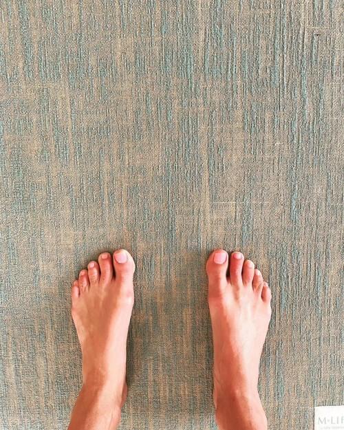 Melanie-Sykes-Feet-1771124c416b1c2e83.jpg