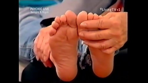 Melinda-Messenger-Feet-5eb79cced918e14de.jpg