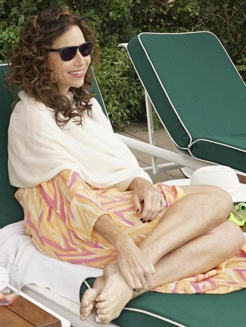 Minnie-Driver-Feet-2018663e5399490a0b.jpg