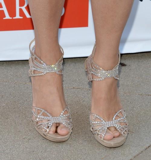 Mira-Sorvino-Feet-7165f7ce972ba94f1.jpg