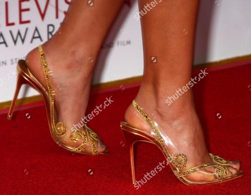 Morena-Baccarins-Feet-42740a27f0a85349dd.jpg