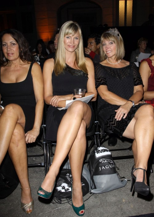 Natasha-Henstridge-Feet-48b3edf0eb0113ff0.jpg