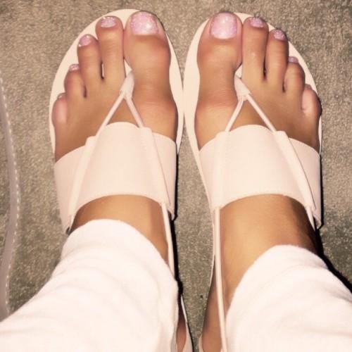 Nicole-Murphy-Feet-13c277db863b15e5fd.jpg