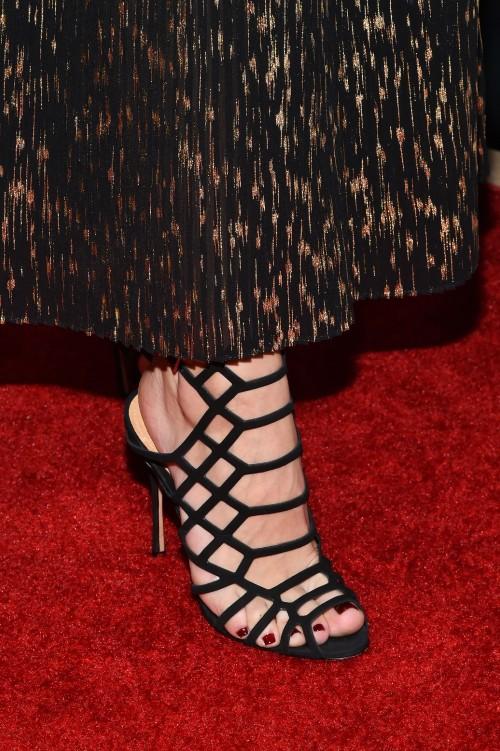 Olivia-Palermo-Feet-1696eb88091a6a6dbf.jpg