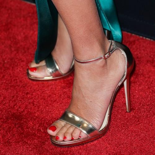 Penelope-Cruz-Feet-16f6012cce76ef2e8b.jpg