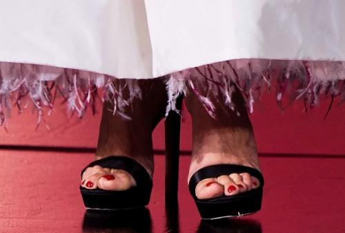 Penelope-Cruz-Feet-20e79869d22340119c.jpg