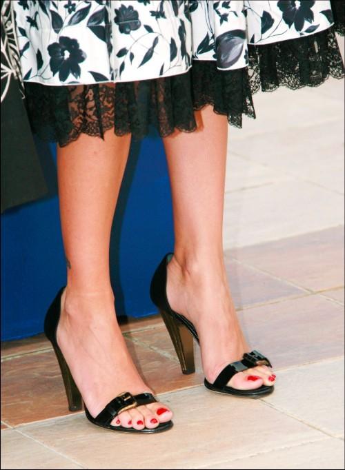 Penelope-Cruz-Feet-2a6f2c9f094b7508f.jpg