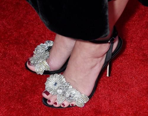 Portia-de-Rossi-Feet-151a016f90369bf8ce.jpg