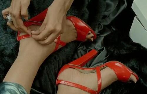 Priyanka-Chopras-Feet-24647ef4cf777496268.jpg