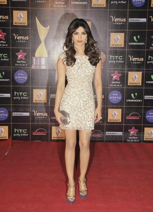 Priyanka-Chopras-Feet-254a634d8a3c15a5603.jpg