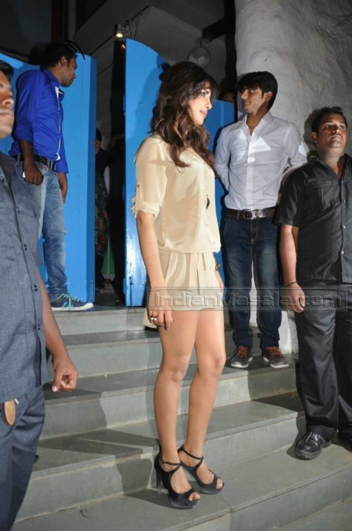 Priyanka-Chopras-Feet-2634fde1e7de9754fa3.jpg