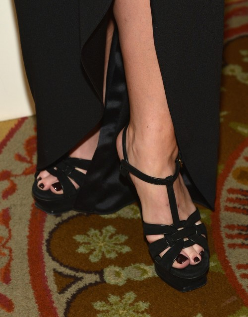 Rachael-Ray-Feet-1189ceda894725b5a3.jpg