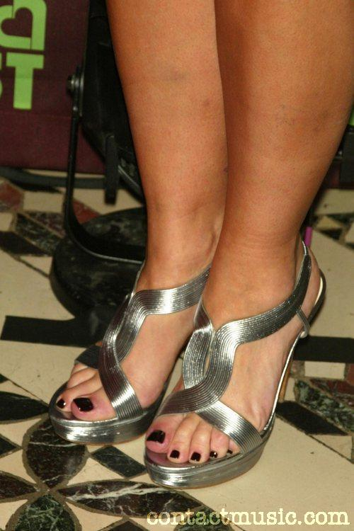 Rachael-Ray-Feet-41b70dcdeddbc548c.jpg