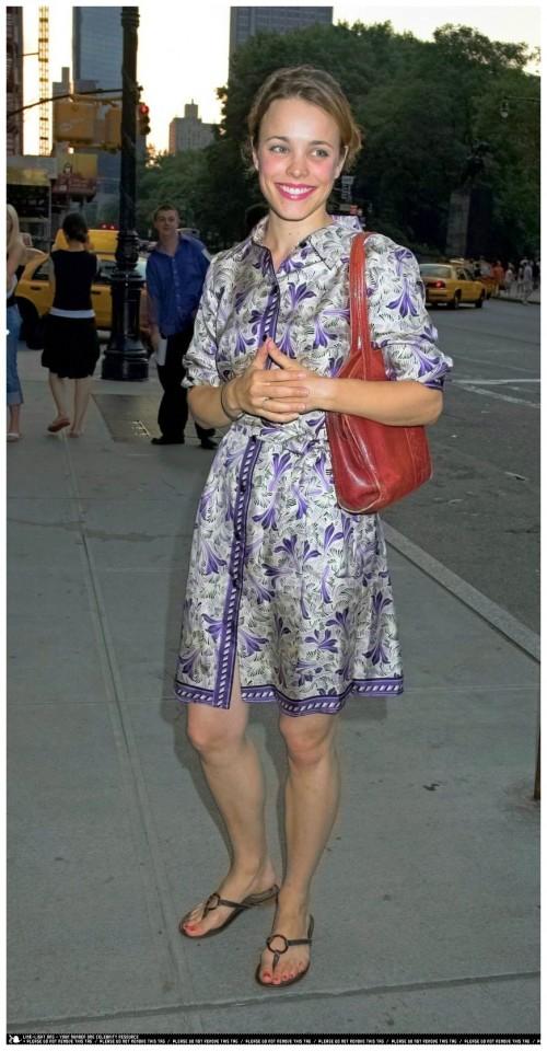 Rachel-McAdamss-Feet-74715f860b69ecb8a6.jpg