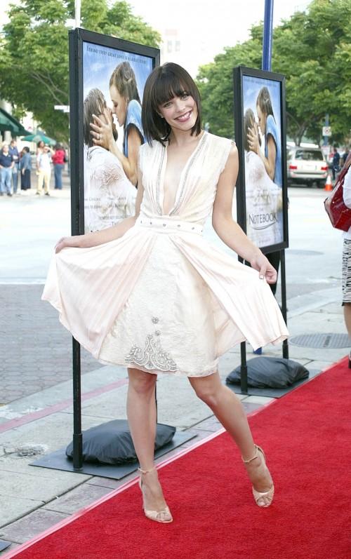 Rachel-McAdamss-Feet-76770bd91283b4dfac.jpg
